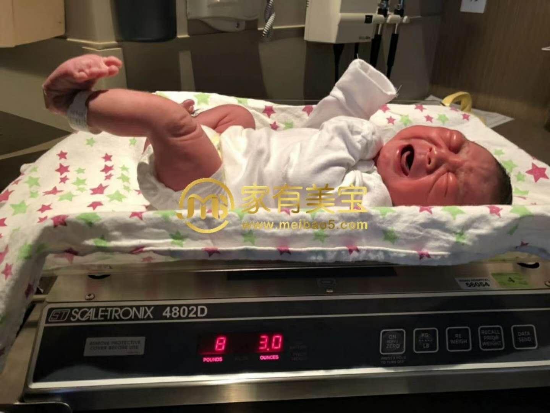 西安到国外生孩子的美妈喜迎自己的美宝